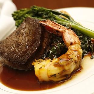 http://hospitality.usc.edu/wp-content/uploads/2015/03/catering1-310x310.jpg