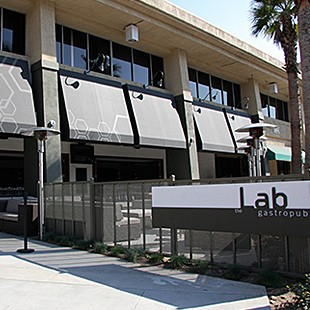 https://hospitality.usc.edu/wp-content/uploads/2015/07/the_lab_exterior-310x310.jpg
